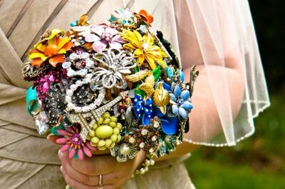 Beautiful and Everlasting Bridal Brooch Bouquets