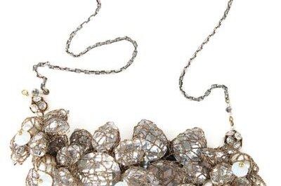 Tendência: maxi colares para noivas