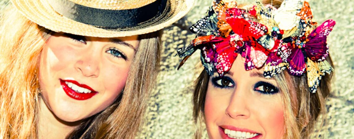 Boating hats – A new trend for your wedding guests