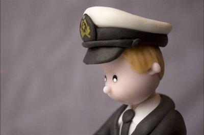 Adorables figurines en porcelaine pour pièce montée