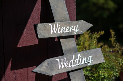 Gorgeous Winery Wedding: Jessica + Mark say I do in Connecticut
