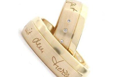 Eheringe und Verlobungsringe selbst gestalten – Amodoro macht's möglich!