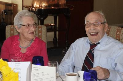 Découvrez les futurs mariés les plus âgés du monde !