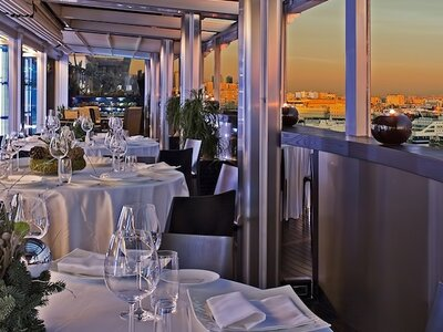 Romeo Hotel in Naples, a destination hotel in a destination city