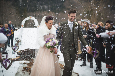 Jehanne et Eoin : Un superbe mariage rock sous la neige à Chamonix
