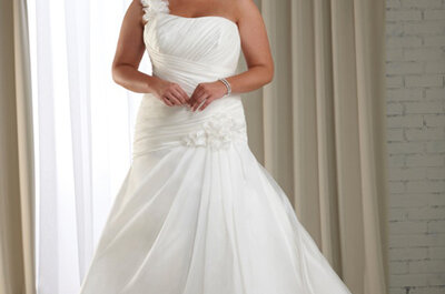 Beautiful at Any Size: Wedding Dress Styles for Plus-Size Brides