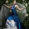 Blu e rose per questo abito di Elena Della Rocca