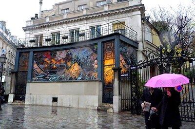 Un mariage sur le thème des années folles ? Craquez pour La Villa Frochot, mythique lieu de réception parisien