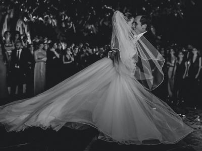 Una boda fantástica digna de cuento de hadas: Un deleite en blanco y negro