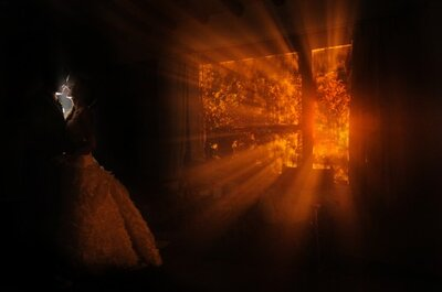 Juega con la luz y la sombra en tu sesión fotográfica de bodas