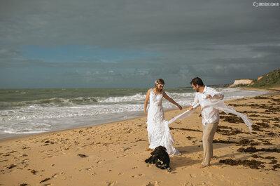 Fernanda & Alexandre: Destination Wedding com os pés na areia de Arraial D´Ajuda na Bahia