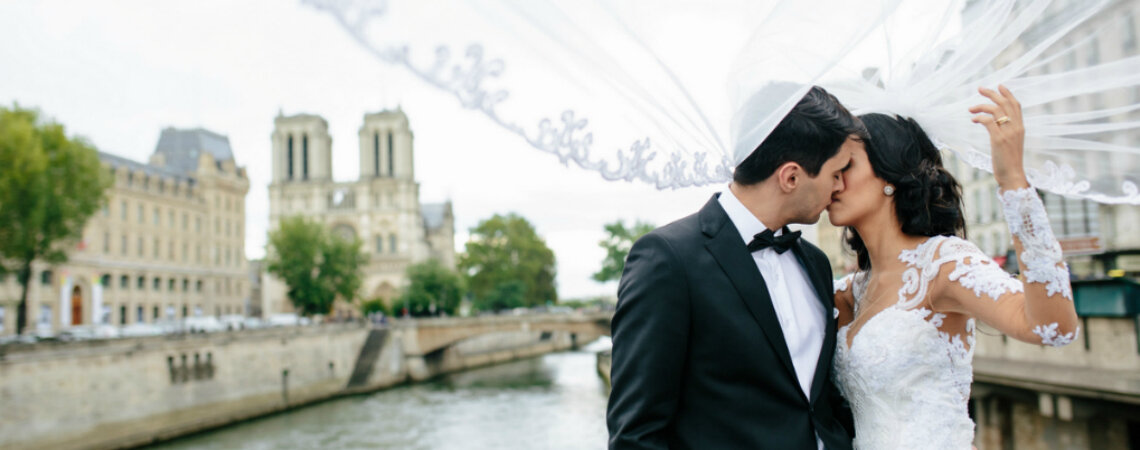 Destination Wedding em Paris de Andressa & Hendel: sofisticação e romance na cidade do amor!