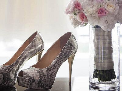 7 geniales trucos para lucir zapatos de tacón en el día de la boda, ¡seas novia o invitada!