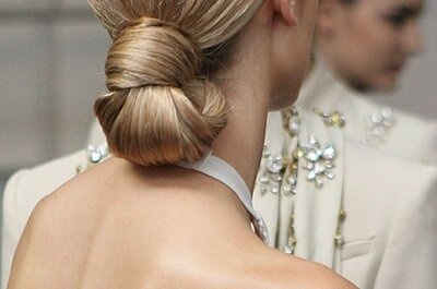 Bruidskapsels 2015: Haren vast op een lage manier