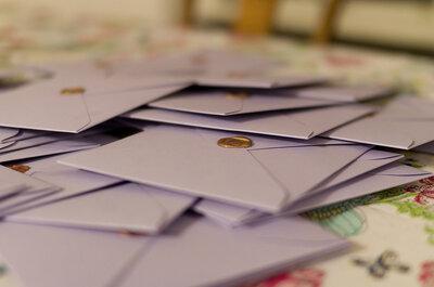 ¿Cómo organizo el envío de las invitaciones para la boda?