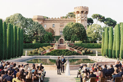 Destination Wedding: Boda en un castillo de Barcelona, España