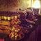 Un candy bar con todo tipo de manjares. Los macarons de colores siguen en tendencia