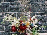 Buquês de noiva com flores silvestres
