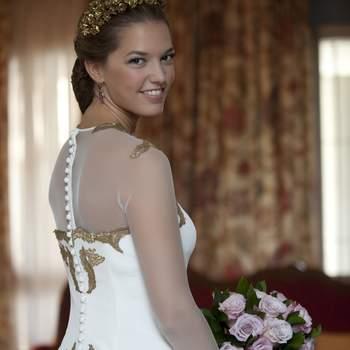 Impacta el día de tu boda con estos vestidos de novia de color 2016. ¡Arrasarás!