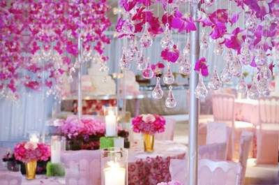 Expert florist planing  to redolence your wedding 2017