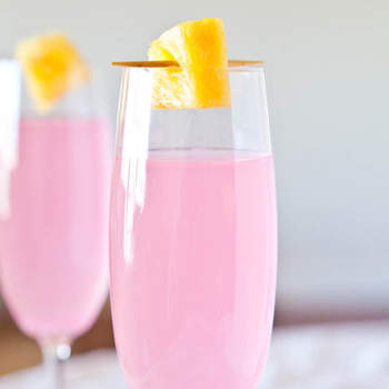 Refreshing DIY Cocktails to Serve at your Wedding