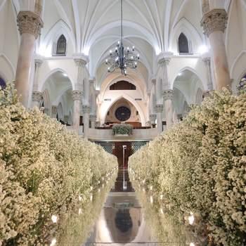Decoração de casamento em igrejas: confira as tendências que prometem arrasar em 2017!