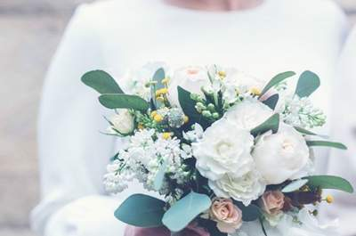 40 bridal bouquets to inspire you for your 2017 wedding. The best flowers to complete your wedding look!
