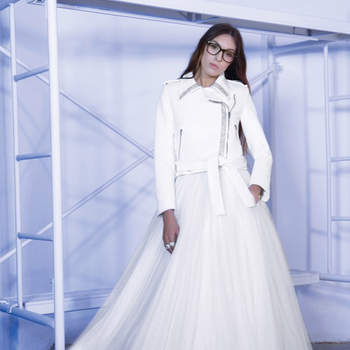 Huye del convencionalismo y luce un vestido de novia de Roberto Diz 2016. ¡Te sorprenderán!