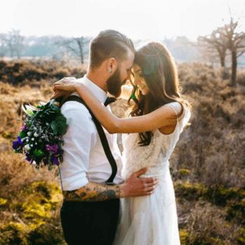 Die 15 wunderschönsten Looks von tätowierten Brautpaaren - Finden Sie den Style, der zu Ihnen passt!