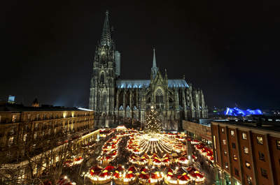 5 Christmas Markets to Visit with Your Loved One