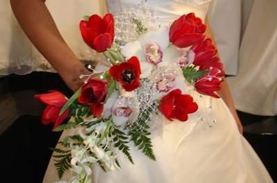 Ten una boda navideña. ¡El secreto está en las flores!