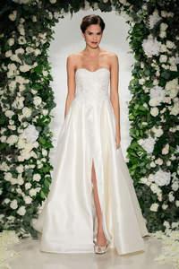Entdecken Sie die 100 schönsten Brautkleider für 2017, die Hochzeitsträume wahr werden lassen