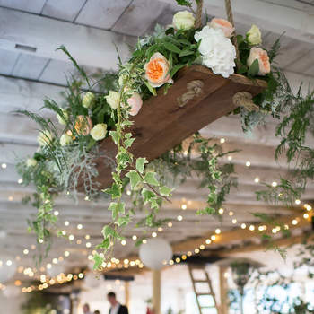 Centerpieces, Candles, Hanging Terrariums: what will be your table decor?