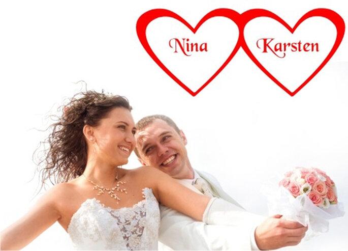 Wandtattoo Hochzeit - Herzen mit Ihren Namen von FleurDeLis-Wandtattoo