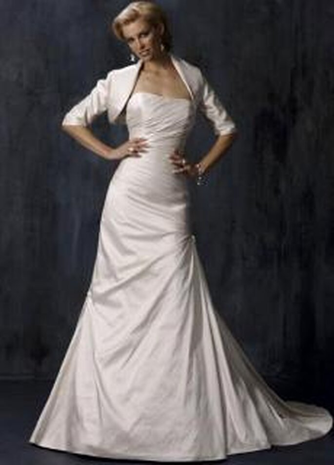 Maggie Sottero 2010 - Braxtyn, vestido largo en seda, de corte princesa, strapless, con bolero a juego
