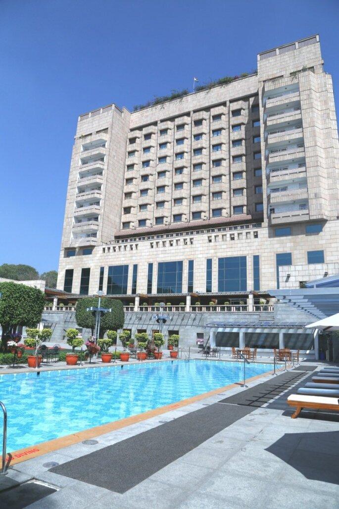 Hotel:  Jaypee Vasant Continental.