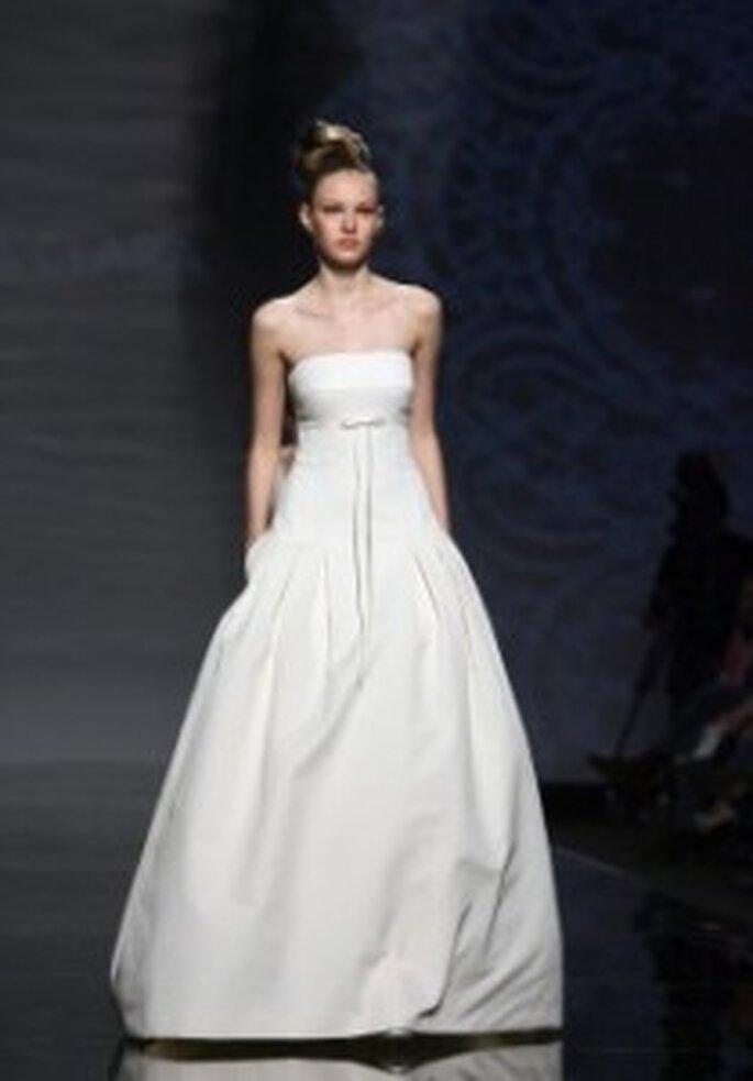 Vestido de novia Rosa Clará 2011 - Palabra de honor y con bolsillos