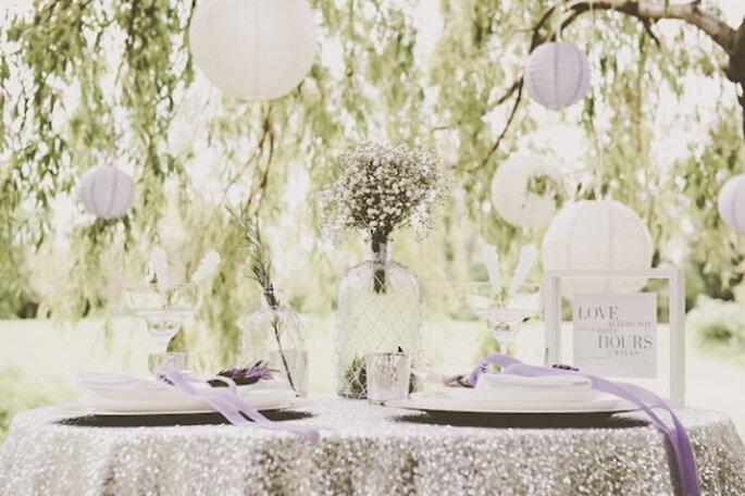 Decoración suspendida para bodas - Foto Ross Holkham Photography