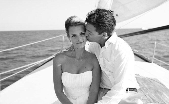 Boda en alta mar. Foto: Wedding Meets Fashion – Romi Burianova