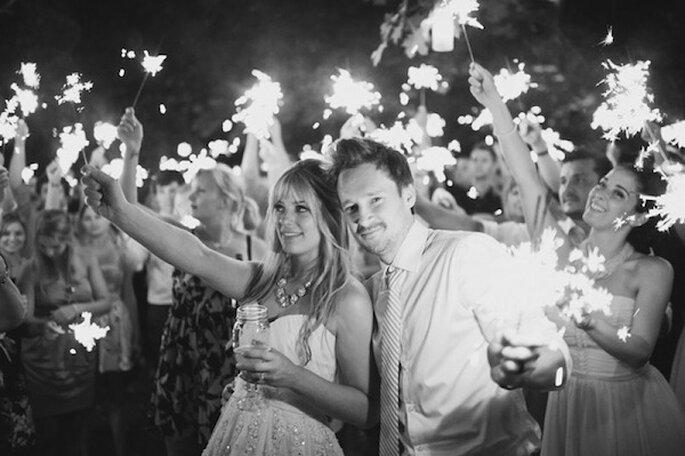 Luces de bengala en tu boda - Foto Vow to Remember