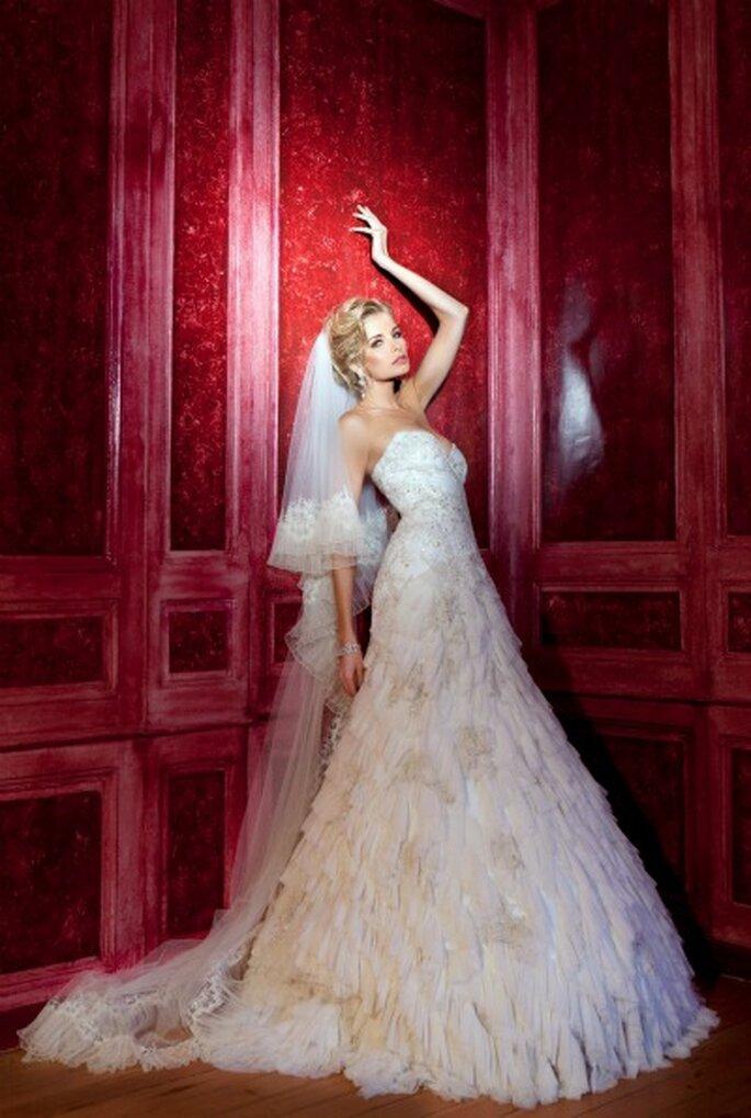 Robe de mariée Oksana Mukha - Modèle Léonora
