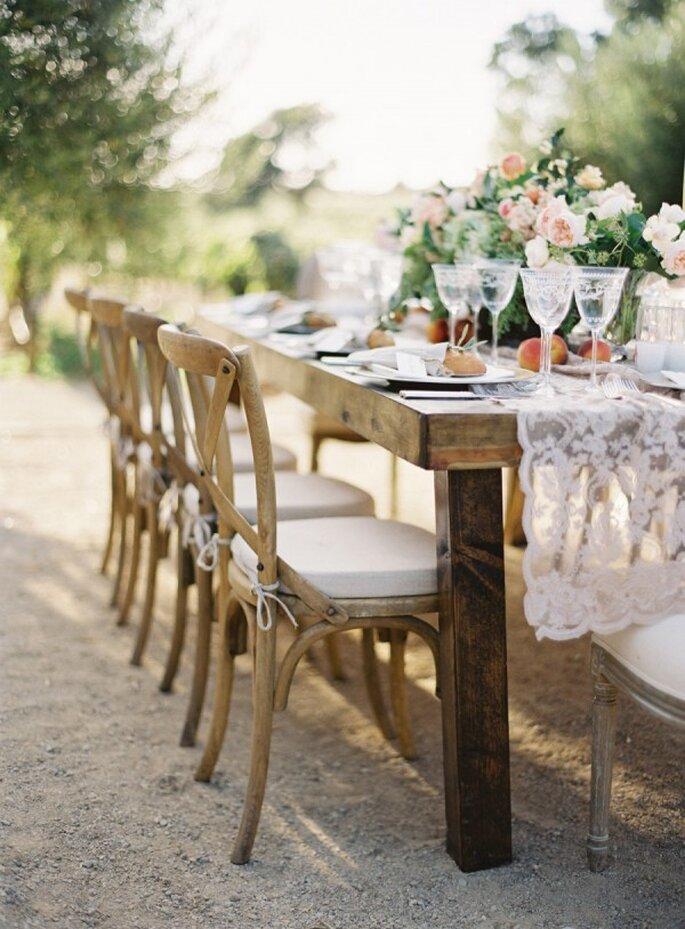 Mesas imperiales perfectas para un montaje de boda - Foto Jose Villa Photography