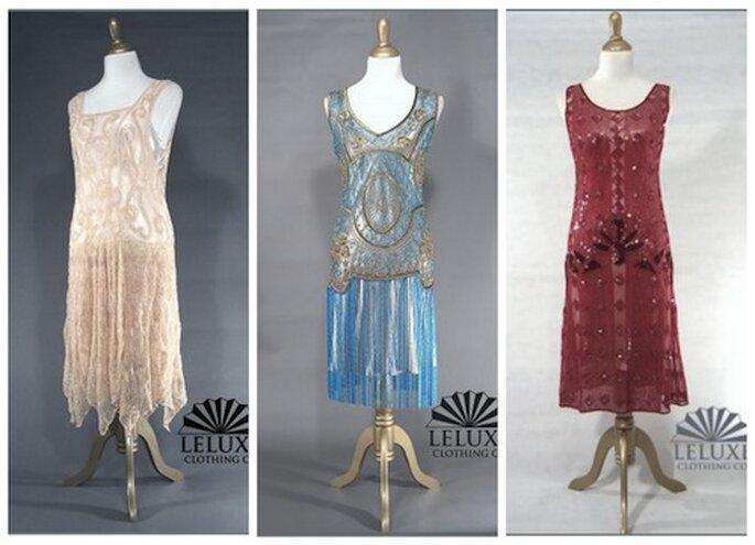 Da sinistra: abito Clara color albicocca, abito The Millie in turchese e abito Garçonne in rosso rubino ©LeLuxe