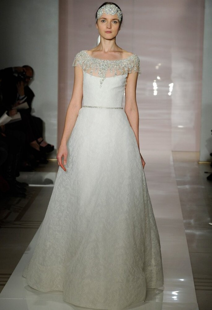 Vestido de novia con lindas joyas incorporadas - Foto Reem Acra