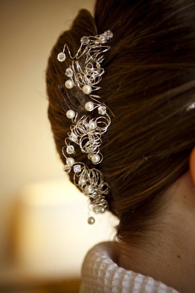 Chongo estilo francés DIY para tu boda en 2013 - Foto Claire Wallace
