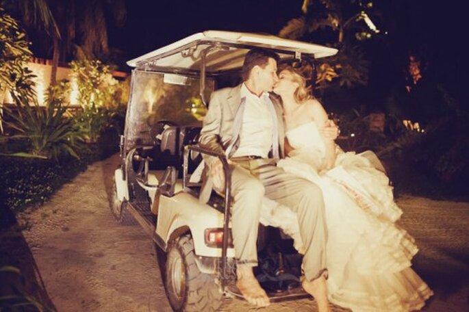 Automóvil alternativo para boda. Foto de Fran Russo.