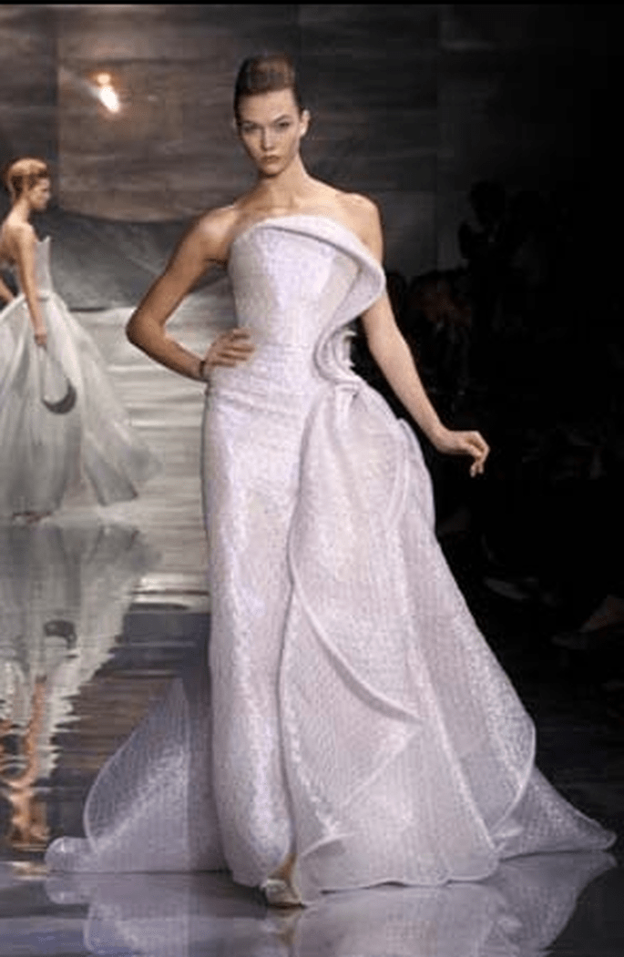 Giorgio armani bridal collection 2011 for Giorgio armani wedding dress
