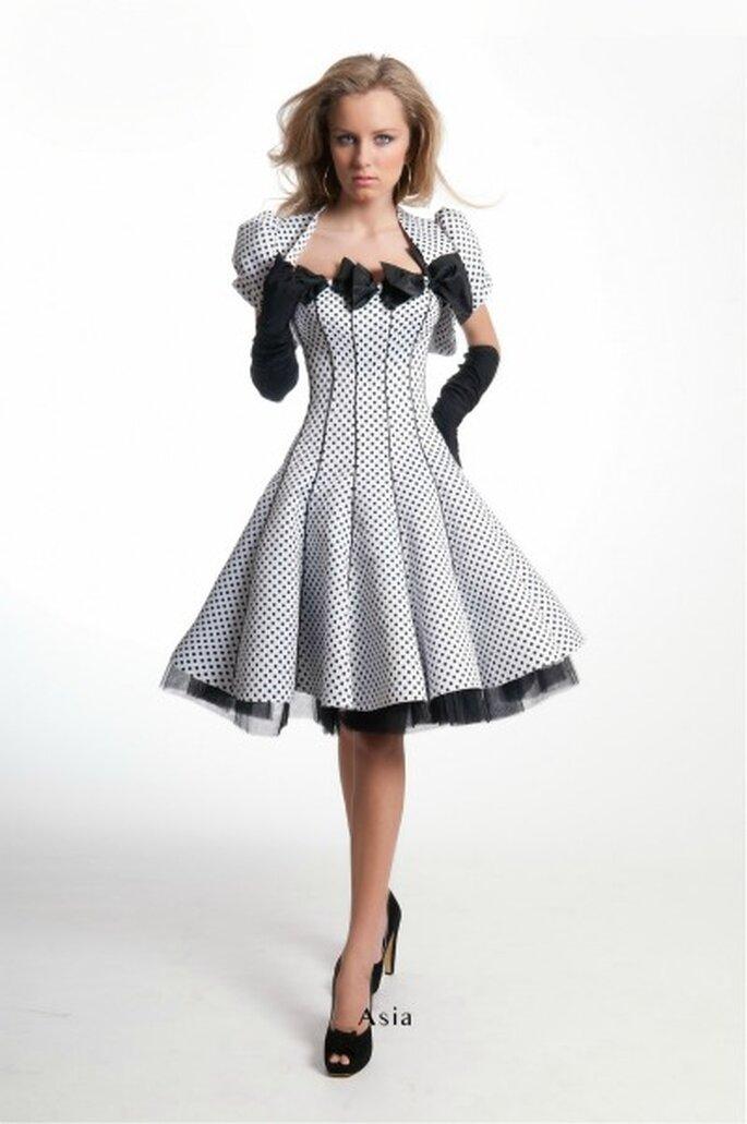 Robe de cocktail courte Oksana Mukha 2012, modèle Asia