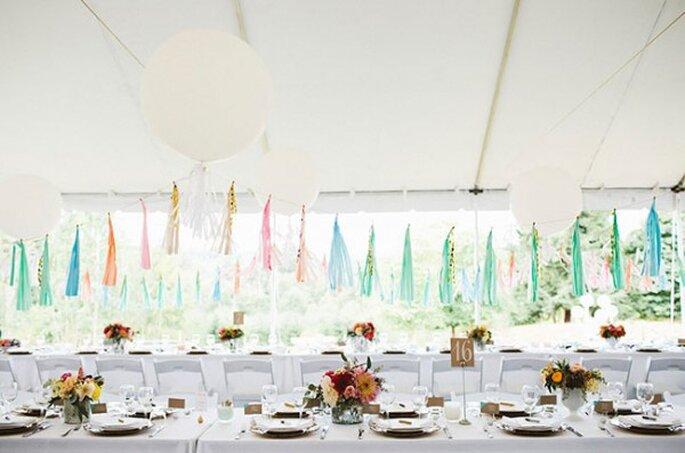 Decoración suspendida para bodas - Foto Julie Harmsen Photography