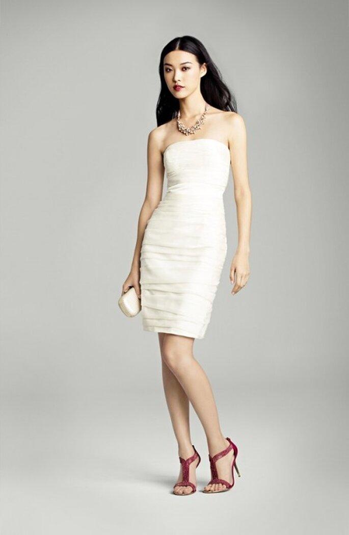 Vestido de novia recto a la rodilla de moda en primavera 2013 - Foto Nordstrom